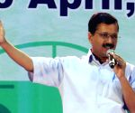 As CM please don't appear helpless, Maken tells Kejriwal