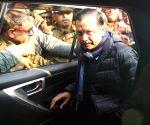 Delhi Polls 2020 - Arvind Kejriwal casts vote