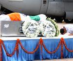 Kejriwal pays tribute to Kalam