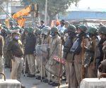 Delhi :Heavy police force deployed at singhu border during farmer protest