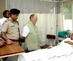 Delhi LG meets the victims of Zakir Nagar fire