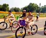 Free Photo: Delhi police acknowledge the women power on International Women's Day