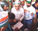 Ajay Maken during a campaign against fuel price hike
