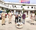 Delhi snatching case solved within 4 hours, with CCTV aid