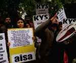 DU students protest against CAB