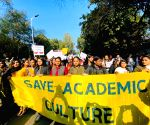 Hundreds in DU march to condemn violence in JNU