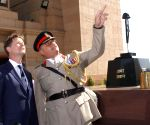 UK Dy. PM pays homage at India Gate