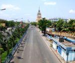 Kolkata : Deserted roads in the City during lockdown on Coronavirus pandemic in Kolkata