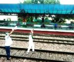 Agitating farmers stop trains at Modinagar railway station in UP