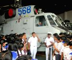 School students visits Navel Air Station