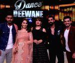 "Dance Deewane"" show - Shashank Khaitan, Madhuri Dixit Nene, Raveena Tandon, Arjun Bijlani and Tushar Kalia"