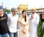 Imtiaz Ali, Tripti Dimri, Avinash Tiwari visit Golden Temple