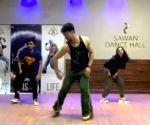 Disha Patani loves Tiger Shroff's groovy dance moves
