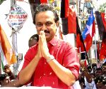 Stalin asks DMK, Cong leaders to hold their tongues
