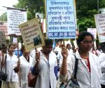 Doctors, Nurses protest against WB Government