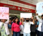 Delhi medicos protest against attack on doctors