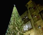 Mumbaikar lights 67-feet Xmas tree using Alexa!!