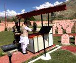 Rajnath Singh pays tribute at Kargil War Memorial