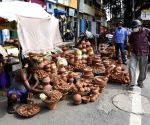 Earthen lamps on sale on the eve of Bhumi Pujan of Ram Mandir