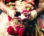Friends for 7 yrs; two girls elope, marry each other in Gurugram