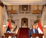 Egyptian, Libyan FMs hold talks in Cairo