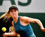Australian Open: Svitolina beats Zhang to enter last 16