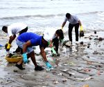 Cleanup drive at Mahim beach