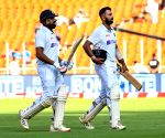 England eye lead as India reduced to 153/6 at Tea
