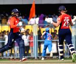 Indian women fail to win second T20, series against England