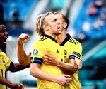 Euro 2020: Sweden upset Poland 3-2 to advance into last 16