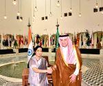 Sushma Swaraj meets Saudi Foreign Minister