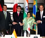 New York: Sushma Swaraj meeting foreign ministers of G4 countries