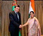 Sushma Swaraj meets Turkmen Foreign Minister