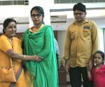 Sushma Swaraj with Uzma Ahmed during a press conference