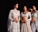 Free Photo: Falguni Shane Peacock's collection focuses on the new age bride