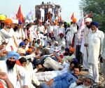 Farmers disrupt railway services near Amritsar