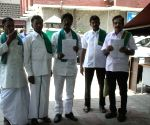Farmers from South India meet Election Commissioner