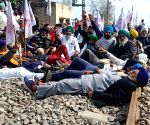Farmers, labourers to throng rail tracks on March 13: BKU