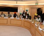 Free Photo:  farmers meeting with union ministers