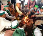 Free Photo: Farmers perform havan at Ghazipur border to pray for happiness and peace