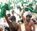 Farmers protest against Farm Bills 2020 and land legislations proposed by Karnataka Govt