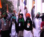 Fifth round of govt-farmers talks underway in Delhi
