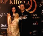 Abu Jani-Sandeep Khosla's fashion show - Karan Johar, Rhea Kapoor