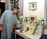 : Kolkata: Satyajit Ray birth anniversary