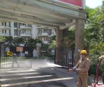Free Photo: Fire brigade vehicles getting sanitized in UP