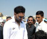 Yuvraj Singh inaugurates cricket academy
