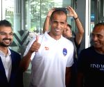 Rivaldo arrives in Kolkata
