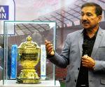Arun Lal unveils IPL 2018 Trophy
