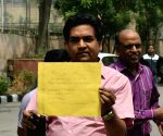 Kapil Mishra visiting the anti-corruption bureau office