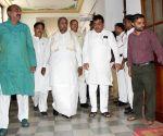 Siddaramaiah arrives to meet Karnataka Assembly Speaker